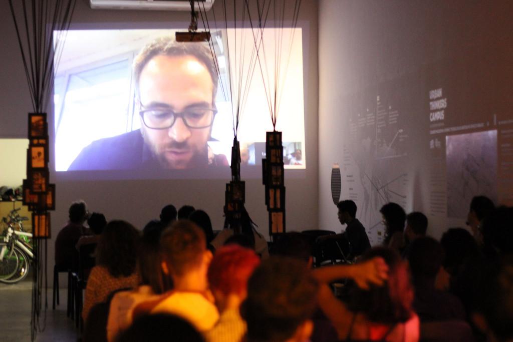 O vídeo foi exibido em versão editada antes da conversa presencial. Foto: Sara Melo/INCITI