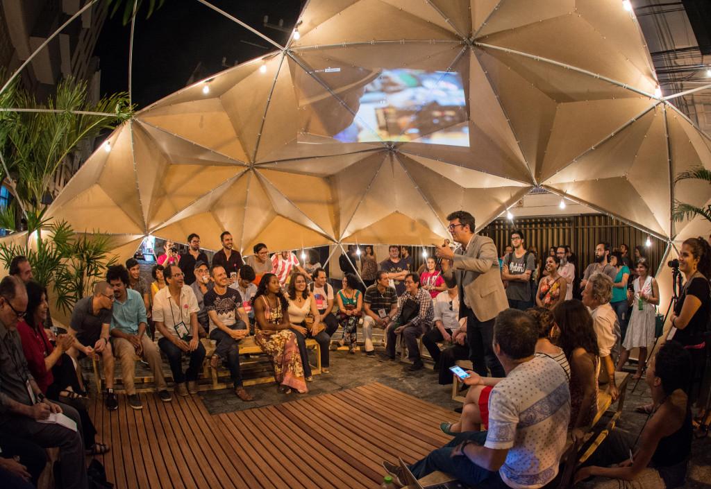 João Domingos do Instituto Pelópidas Silveira no Viveiro de Ideias Urbanas do UTC Recife. Foto: Zaca Arruda